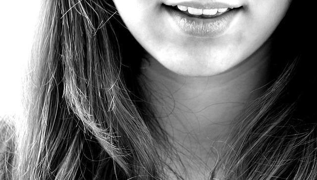 smile-122705_640.jpg